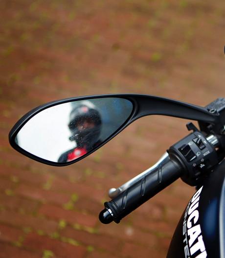 36-jarige Rotterdammer komt om bij motorongeval