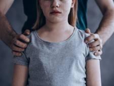 Drie jaar cel voor vader die jarenlang dochters misbruikte