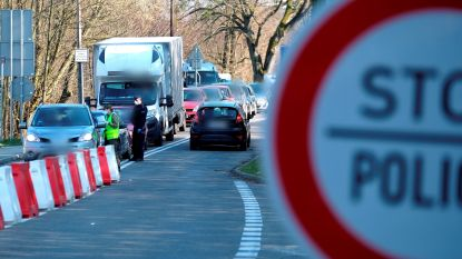 "Polen valt ""per vergissing"" Tsjechië binnen"