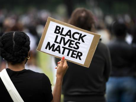 Actiegroepen willen zondag op Dordts Statenplein protesteren tegen racisme