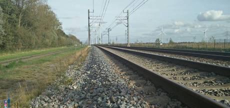 Spoorloper met bizar verhaal opgepikt door trein: 'Ik was in slaap gevallen'