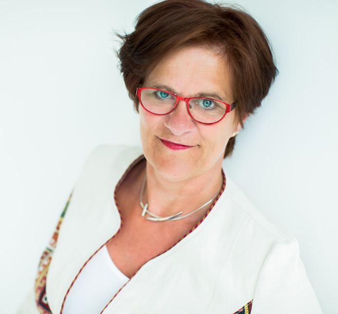 """,,Het zijn vaak de vaders en de buurmannen die het technische werk doen"""", vertelt Ellen Pot, voorzitter Vrouwenplatform Carree Overijssel."""