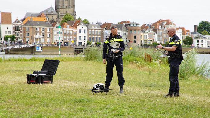 De politie zette onder meer een drone in.