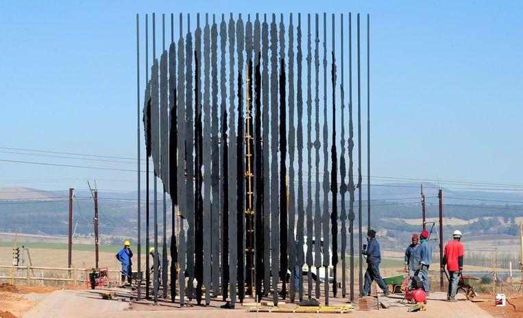 Het standbeeld van Mandela in Howick, KwaZulu Natal.