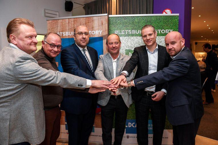 Luc Neefs (DCA), Marc Bartholomeeusen, voorzitter Eric Roef, Walter Damen, Fred Lenders en Francis Vrancken (DCA) kijken uit naar de nieuwe samenwerking.