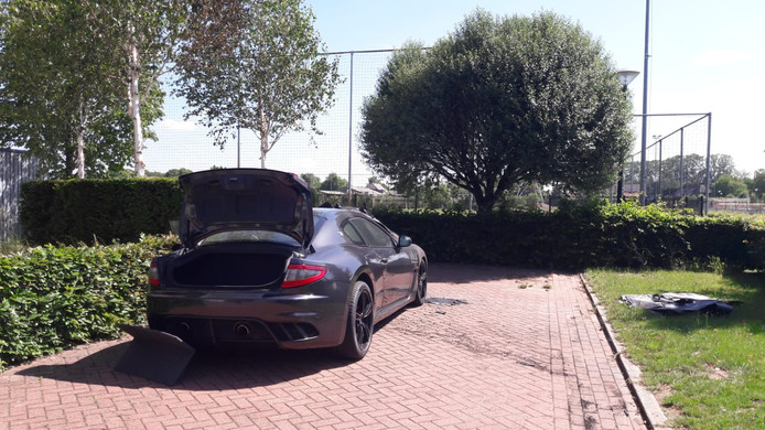 Maserati Armondo Muis in brand gestoken.