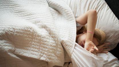 """Maar liefst 1 op de 2 Vlamingen slaapt slecht, maar: """"Wees gerust. Iedereen kan opnieuw leren slapen"""""""