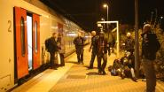 Politie plukt 39 transmigranten van de trein