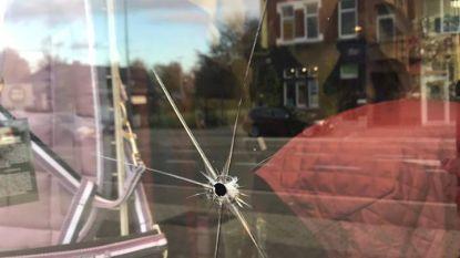 Ruitershop Watté op Aalstersesteenweg opnieuw beschoten