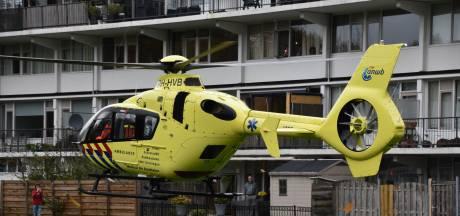Traumahelikopter trekt veel bekijks in Alphen