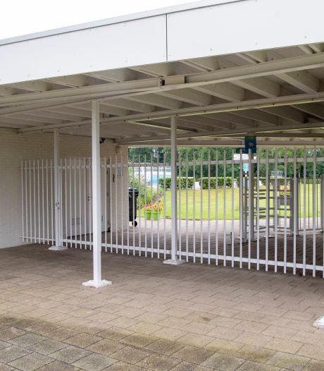 Openluchtzwembad Ommen blijft dicht: 'Dit is voor ons niet te handhaven'