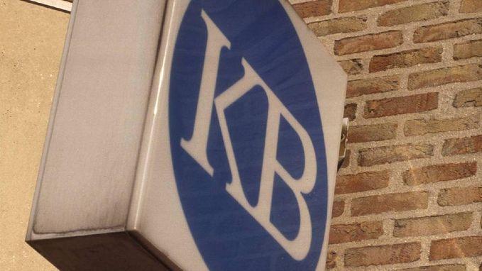 Ex-bankdirecteur moet 1,1 miljoen euro aan klanten terugbetalen