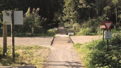 Trage weg 'Engels Kamp' wordt doorgetrokken