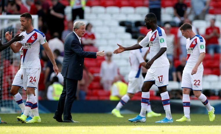Een handshake van Hodgson voor Benteke.