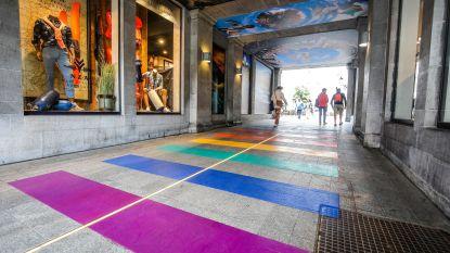 Tweede regenboogpad van Brugge ligt in winkelcentrum Zilverpand