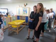 Minister Carola Schouten heropent 'eigen' school in Waardhuizen: 'Het voelt als een reünie'
