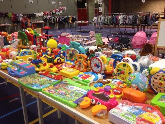 Door speelgoed in te wisselen tegen waardebonnen, kunnen bezoekers direct een ander stuk speelgoed meenemen.