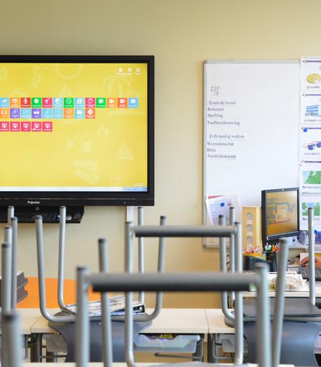 Leraren Komeet tijdens staking alweer aan administratie