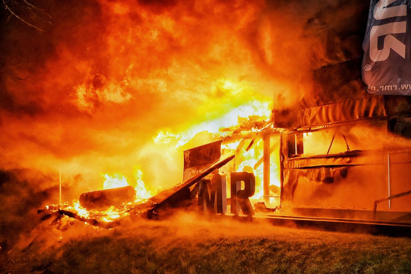Zeer grote brand Moergestel
