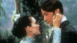 Oeps: Winona Ryder denkt dat ze per ongeluk getrouwd is met Keanu Reeves