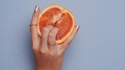 Handen onder de lakens: daarom is soloseks gezond!