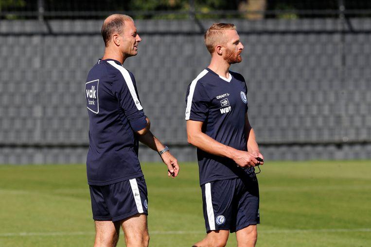 Coach Thorup en assistent De Decker