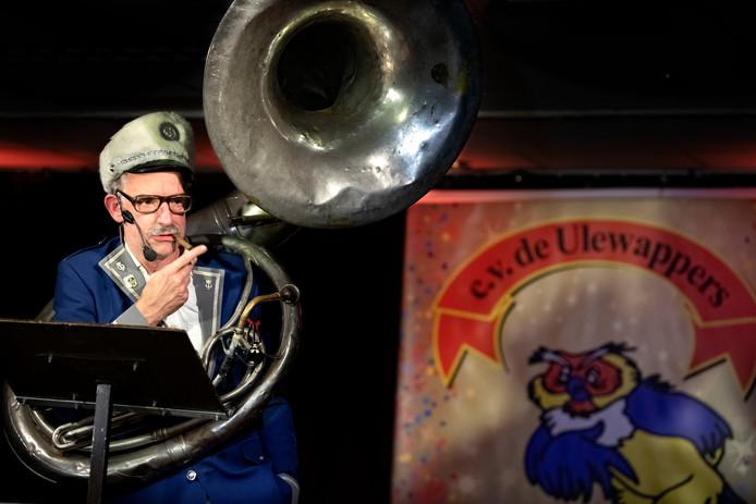 Carnavalsavond bij de Ulewappers in de Neerkant met een optreden van Hans Keeris uit Knegsel