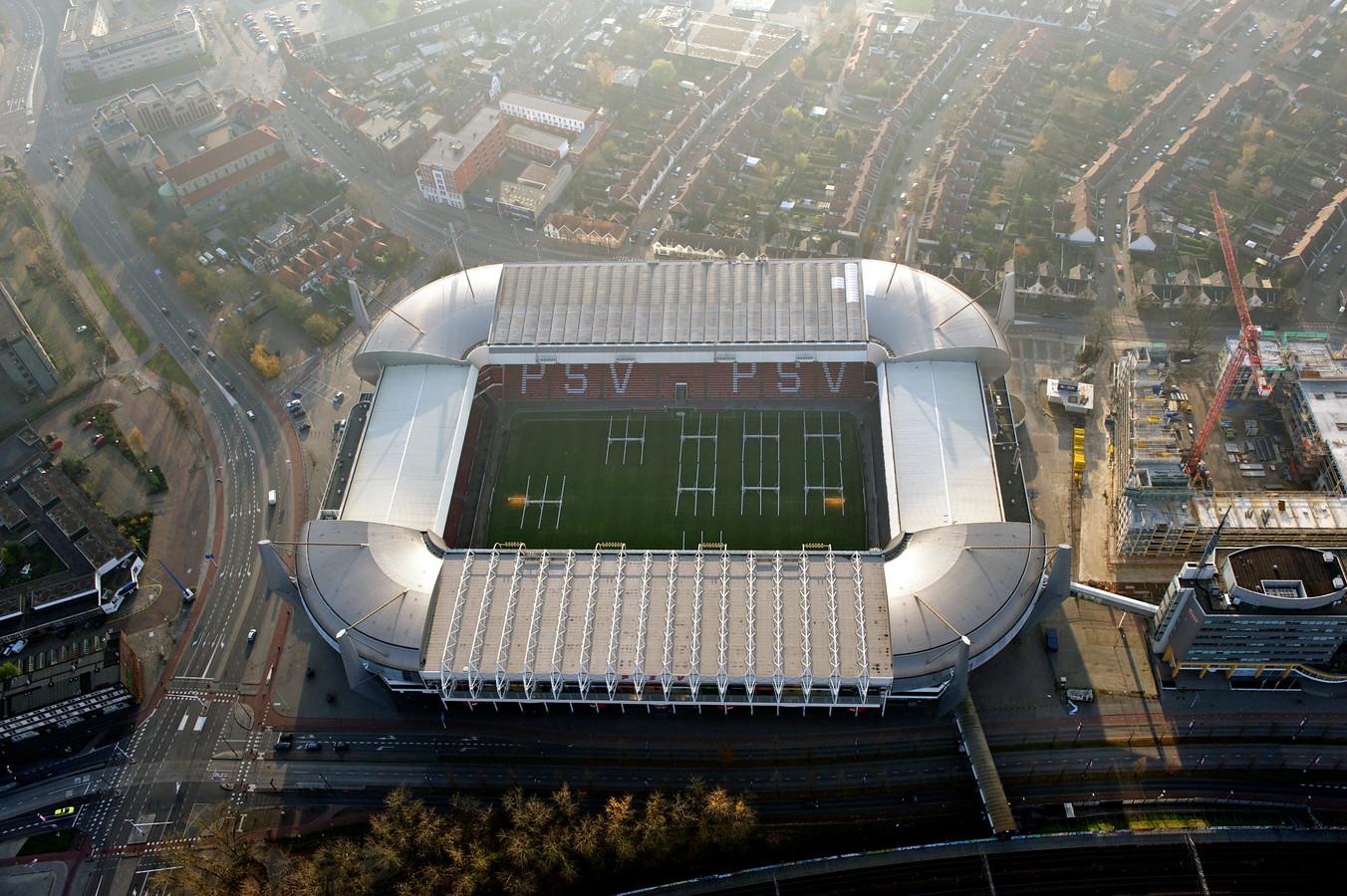 Het Philips Stadion in 2020 van bovenaf gezien.