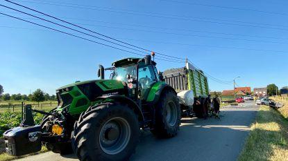 Bestuurder (44) zwaargewond na frontale botsing met tractor