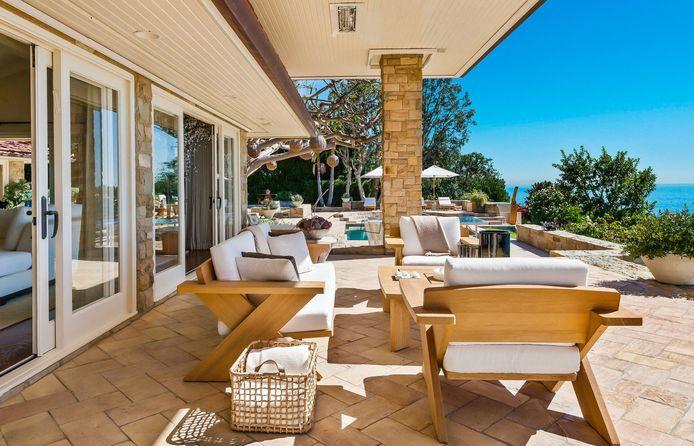 In deze villa houden Kim en Kanye zich schuil.