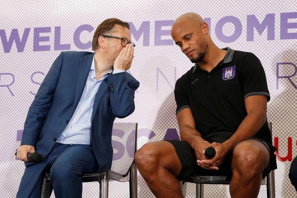 Coucke naast Vincent Kompany toen de verdediger vorige zomer officieel werd voorgesteld.