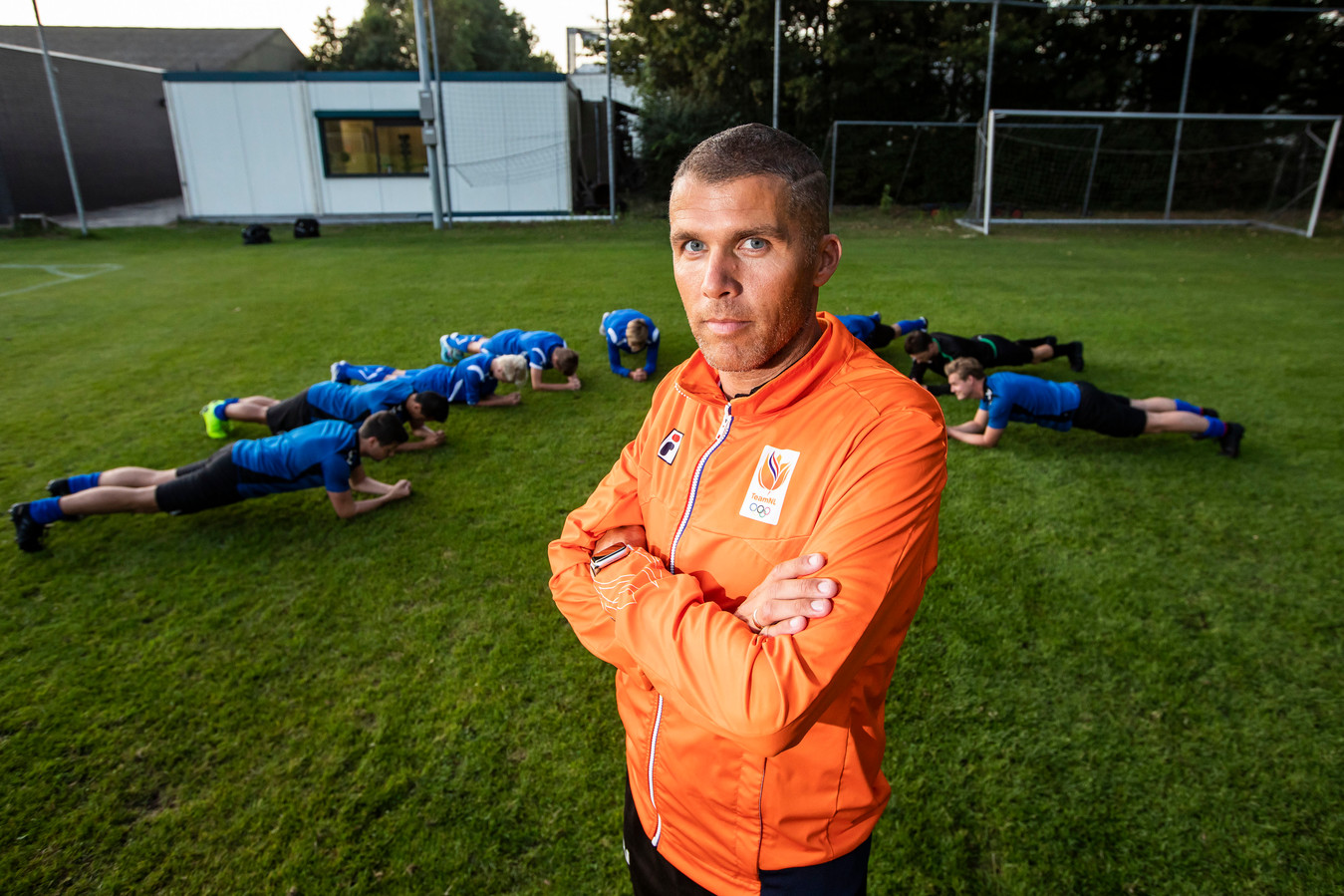 Maurice van Veldhooven vindt dat jongeren te weinig bewegen.