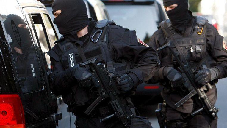 Het arrestatieteam dat in 2009 Jocic senior oppakte in Belgrado Beeld anp