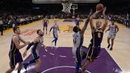 Vrouwelijke fan is wel heel blij zó dicht bij NBA-speler te zitten, een dag later is ze 2 miljoen keer bekeken