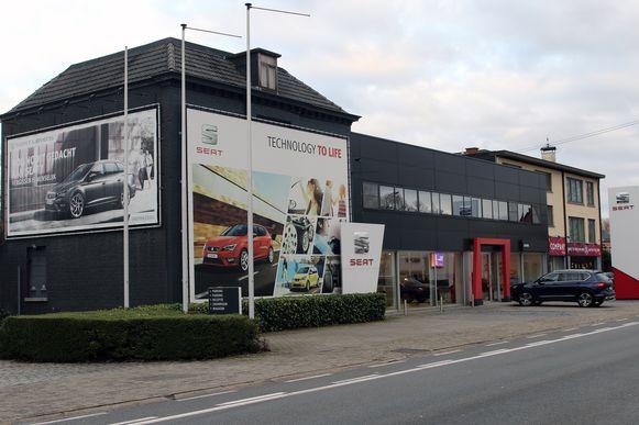 De winkel van Albert Heijn komt in de plaats van garage Lievens.