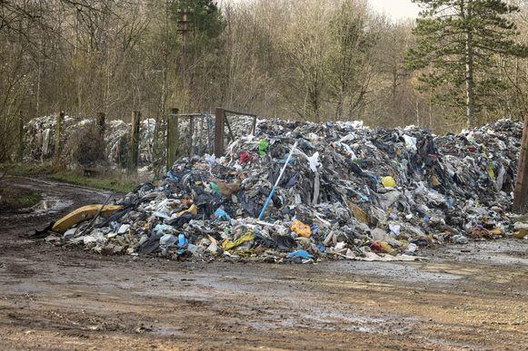 Er wordt regelmatig Belgisch afval naar Frankrijk versluisd.