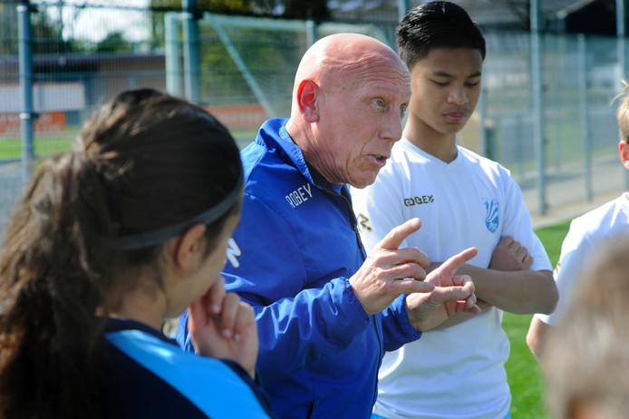Piet de Rijke, de hoofd jeugd opleiding van JVOZ.