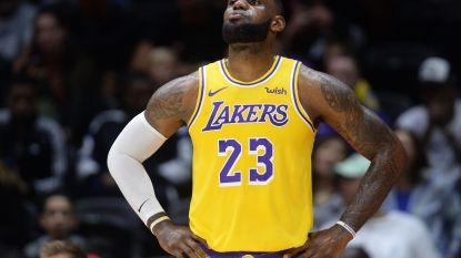 LeBron James debuteert met nederlaag bij LA Lakers