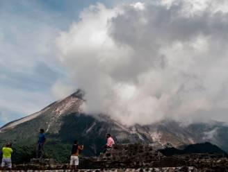 Indonesische vulkaan Merapi spuwt opnieuw as