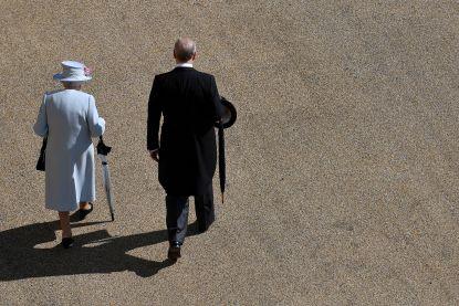 Prins Andrew ook stilletjes weg bij goed doel en universiteit