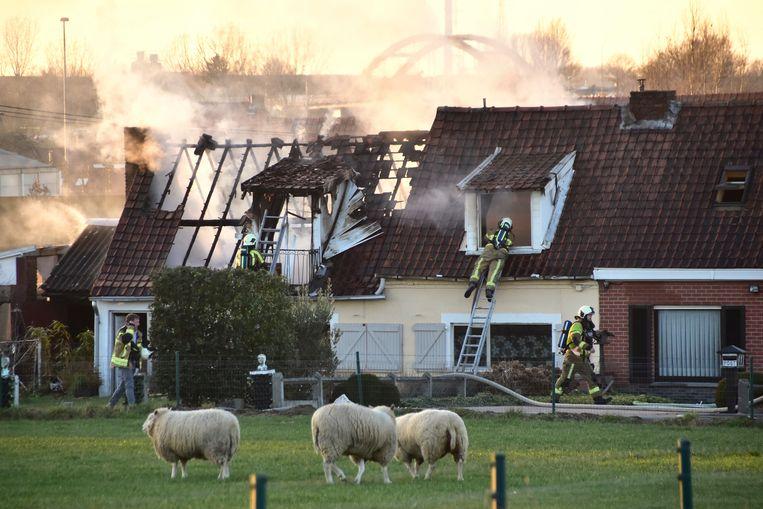 De brand richtte enorme schade aan.