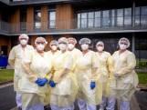 Verpleeghuizen strijden om ouderen door crisis te loodsen: 'Dit is het meest emotionele ooit'