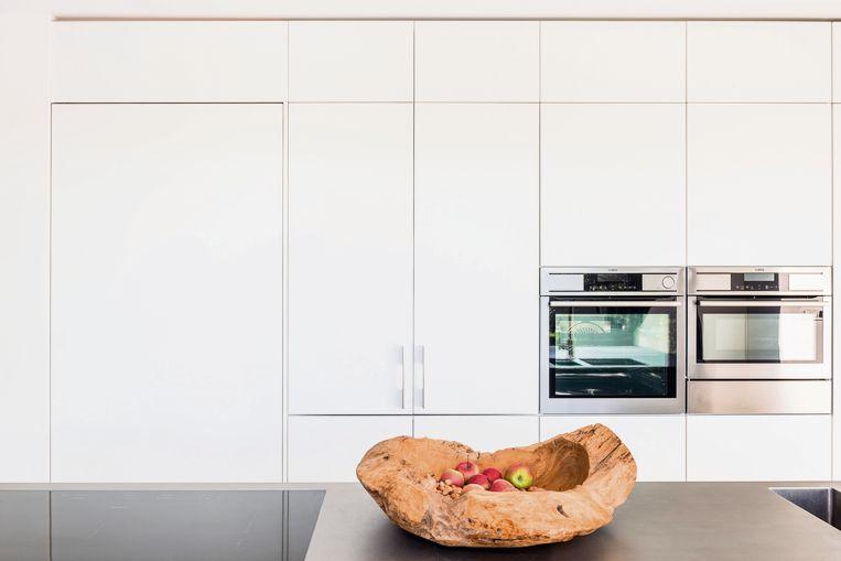 Open wonen zet de toon in moderne architectuur. Ruimtes vloeien in elkaar over en je bepaalt zelf hoe hoog en breed je deuropeningen moeten zijn.