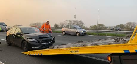 Elf kilometer file op A1 na botsing nabij IJsselbrug Deventer