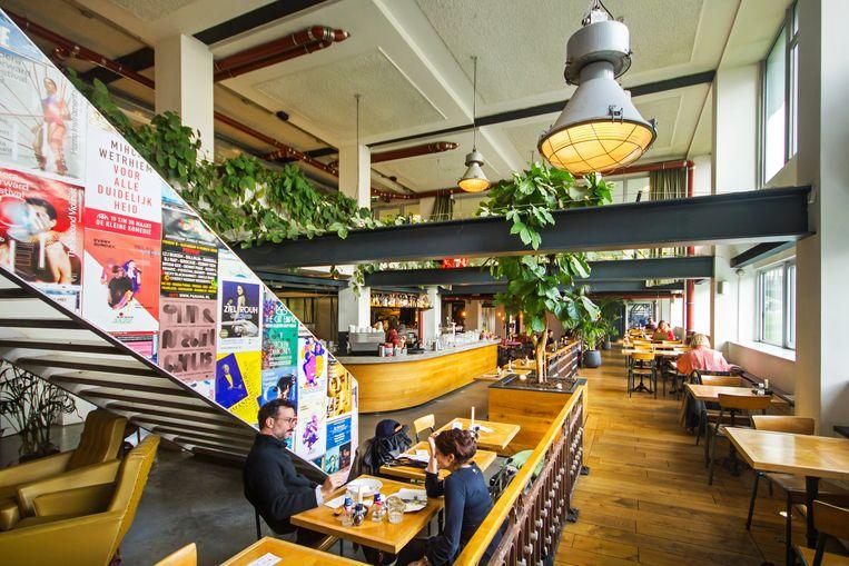 Bar-restaurant Nieuwe Westen serveert ontbijt, lunch, diner en drankjes Beeld Sander Groen