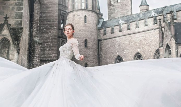 Disney Enchante Avec Sa Collection De Robes De Mariee Inspirees De Ses Princesses Lifestyle 7sur7 Be
