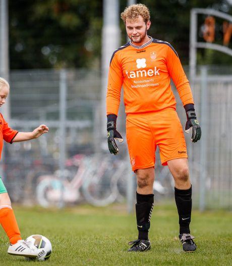 Blokzijl-doelman Bjarne Stap maakt wel vrienden bij tegenstander SVBS'77
