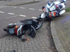 Scooterrijder gaat twee keer op z'n plaat tijdens politieachtervolging in Zwolle