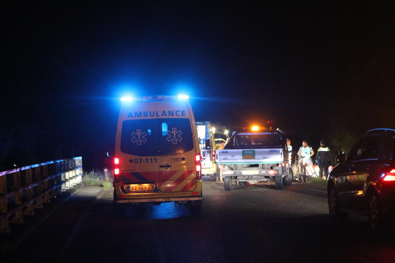 Een 16-jarige fietser uit Ede is gewond geraakt bij een aanrijding, de 24-jarige veroorzaker uit Lunteren reed door en meldde zich later.