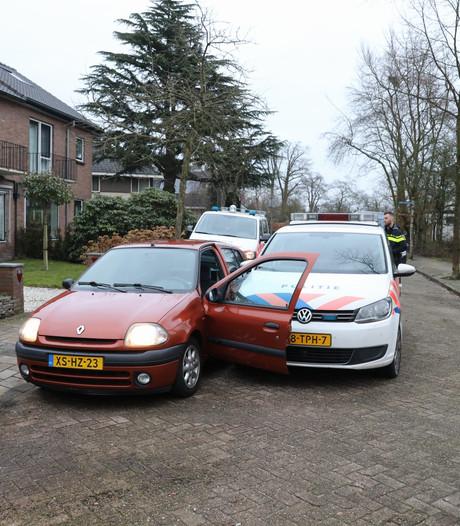 Auto klemgereden tijdens achtervolging in Baarn